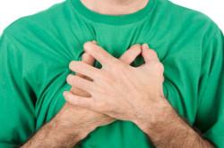 Боль в грудной клетке один из признаков туберкулеза